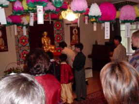 Празднование дня рождения Будды в Дальмаса