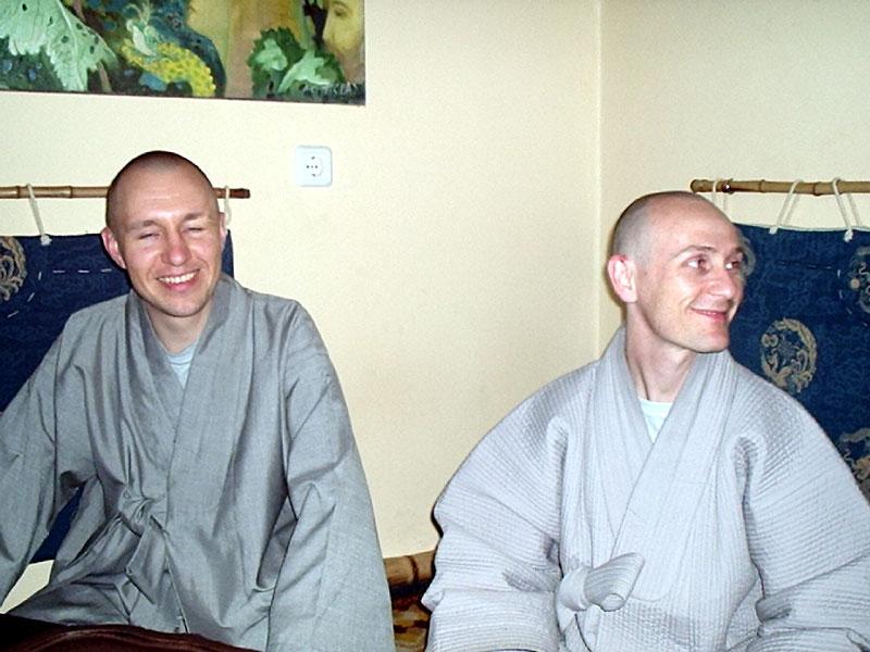Как Иль Чо Сыним и Иль Го Сыним в Москву ездили (2004)