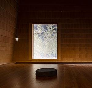 meditation_hall_1